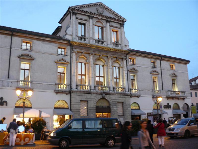 Vicenza.